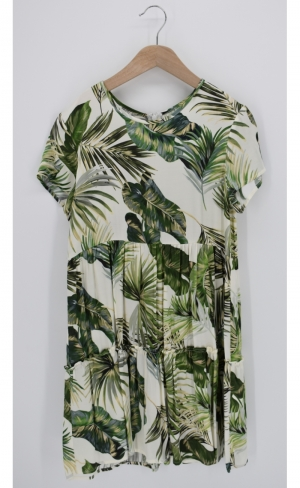 Kleed jungle print. golden jungle