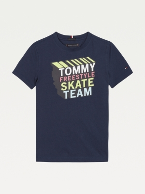 T-shirt logo skate logo